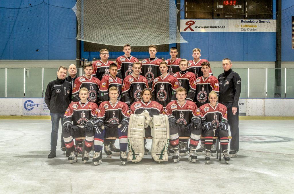 Die U20 des EC Nordhorn. (c) Sebastian Lindschulte / EC Nordhorn